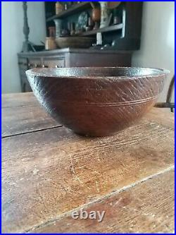 A Super 19th Century Elm Bowl With Scratch Carving Rare Treen