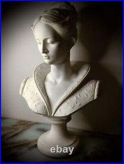 Rare Hand Carved Bust Statue By International Master Sculpture Collectors Rare