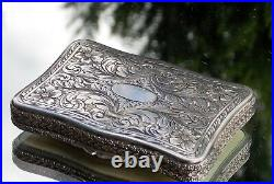 Stunning Rare Victorian Carved Putti Gathering Grapes Solid Silver Snuff Box